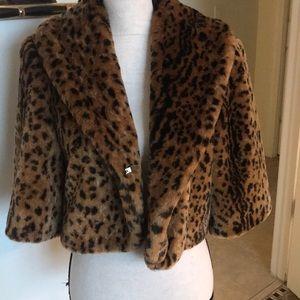 Beautiful Benetton faux leopard Bolo jacket